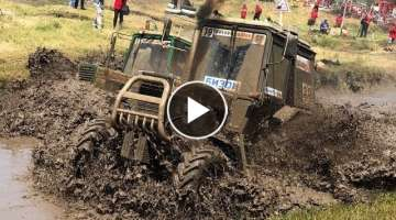Tractor racing 360: Panoramic video from Bison Track Show
